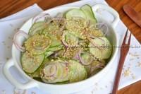 Salada de Pepino com gergelim