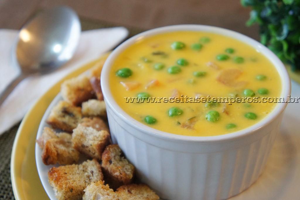 Sopa Creme de Abóbora com Ervilhas Frescas