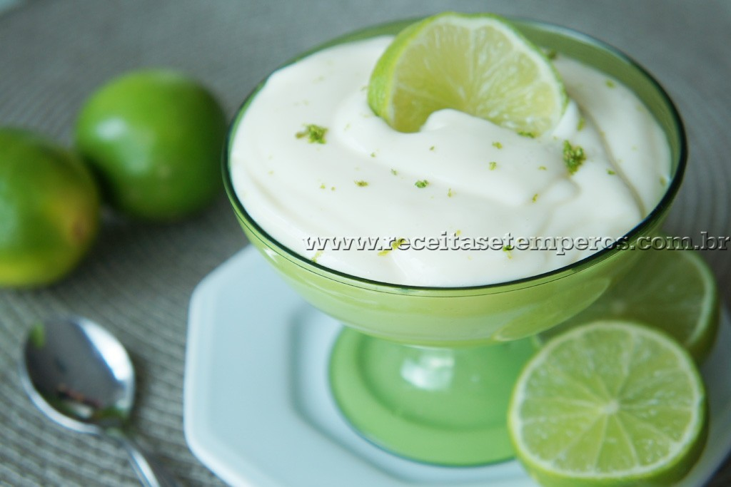 Mousse rápida de limão