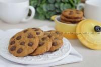 Cookies com especiarias e gotas de chocolate