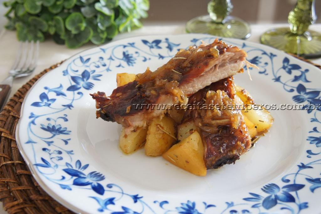 Costelinha de porco ao limone