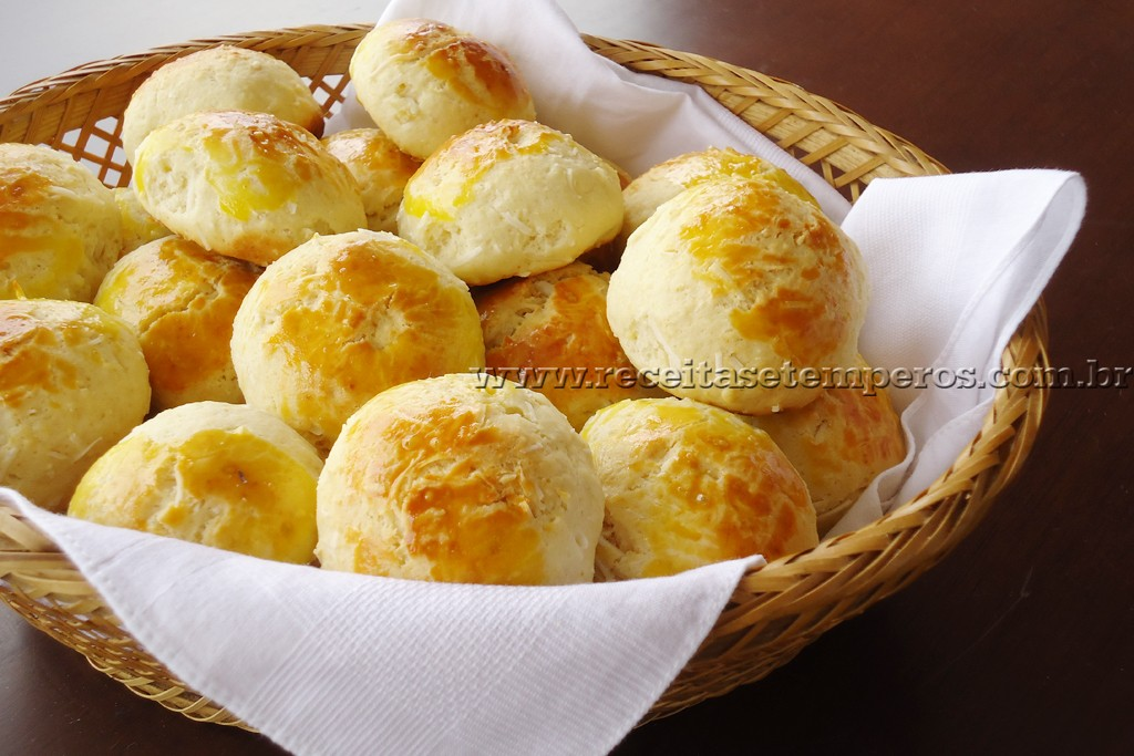 Pãozinho fácil de coco