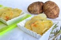 Chips assados de inhame com ervas