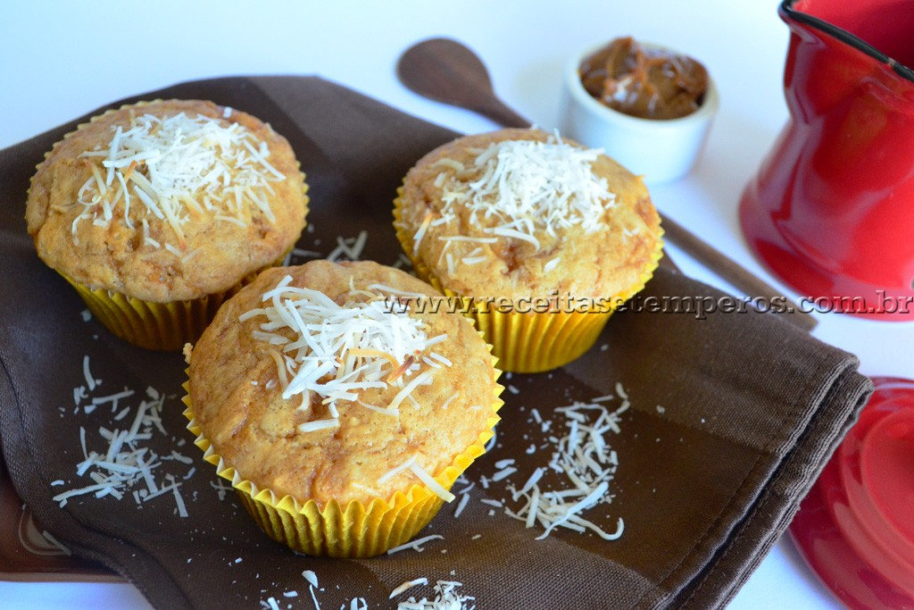 Muffin de doce de leite com coco