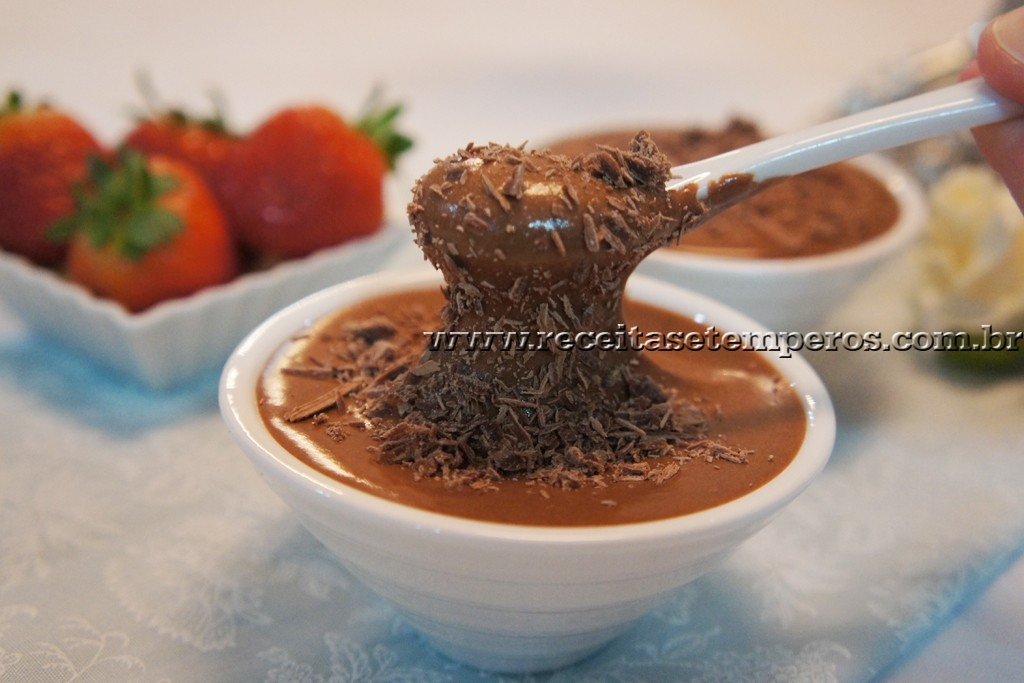 Mousse cremosa de chocolate