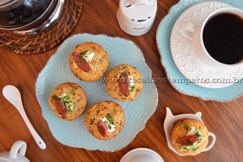 Muffin de calabresa e queijo coalho