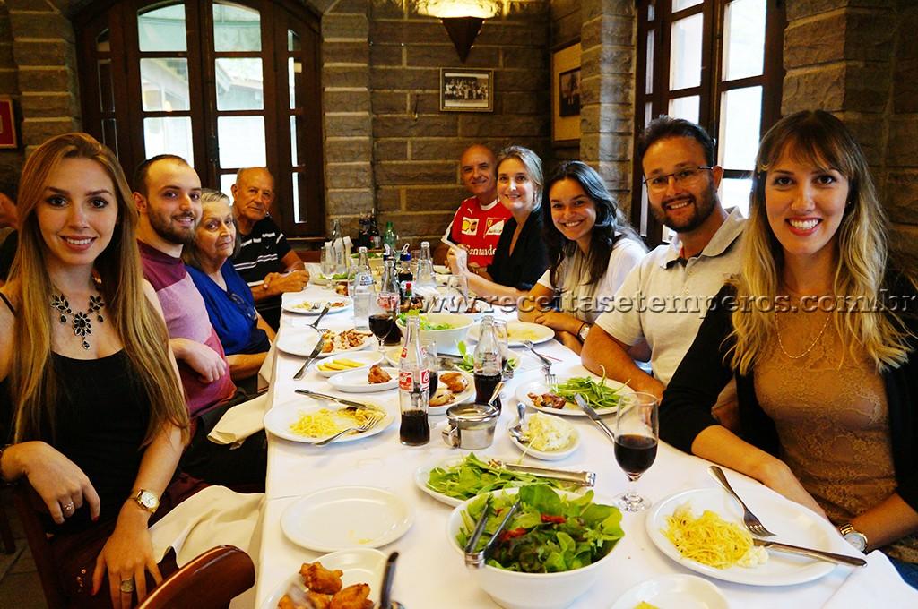 Garibaldi e Bento Gonçalves: Almoço italiano e passeio pela Vinícola