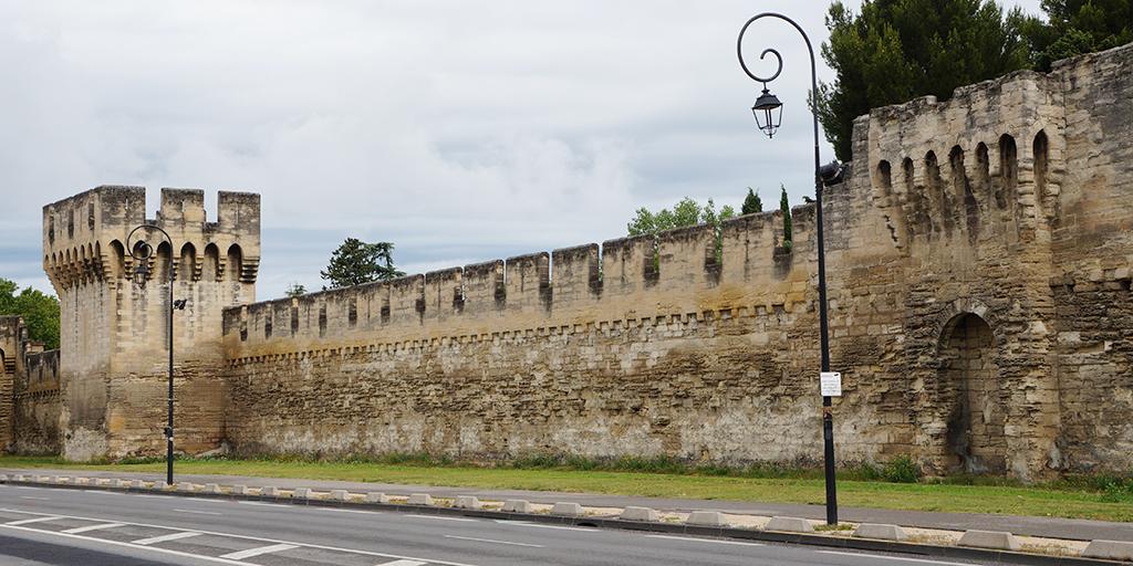 Destino: Avignon / FRANÇA